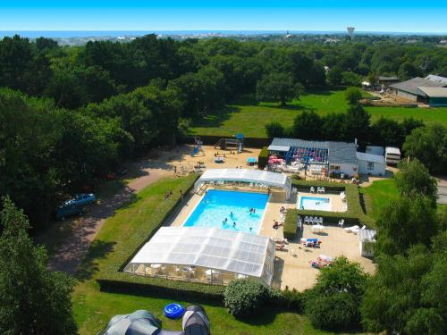 Camping Parc Sainte Brigitte : Guest accommodation near Guérande
