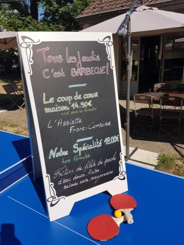 Campanile Montbéliard - Sochaux : Hotel near Lebetain