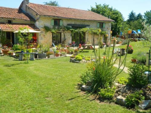 Chez Daisy : Apartment near Rancogne