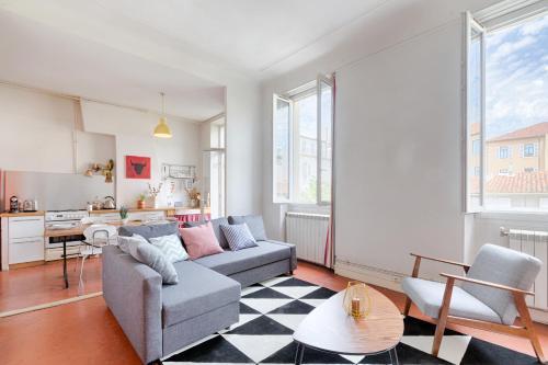 Magnifique T3 calme et ensoleillé : Apartment near Marseille 6e Arrondissement