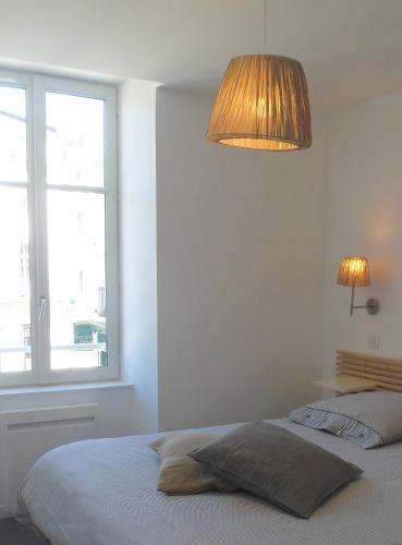 Les Halles 1 : Apartment near Lagord