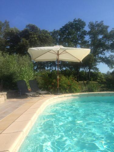 Le Claux : Bed and Breakfast near Cannes-et-Clairan