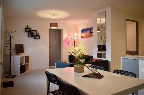 Air Rental - Maison 3 chambres à Alco : Apartment near Juvignac