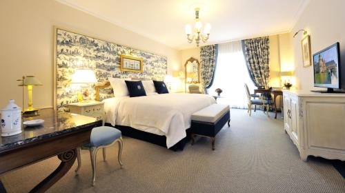 Auberge du Jeu de Paume : Hotel near Chantilly