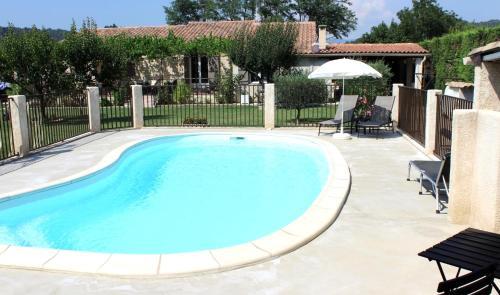 Le Charme En Gite Du Luberon : Guest accommodation near Villelaure