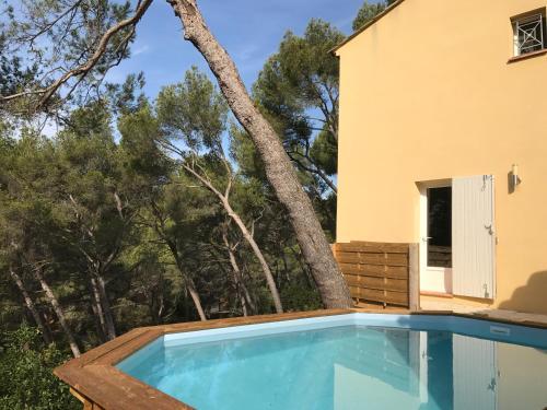 Villa La Ciotat Résidentiel 4 ch Pinede Piscine : Guest accommodation near La Ciotat
