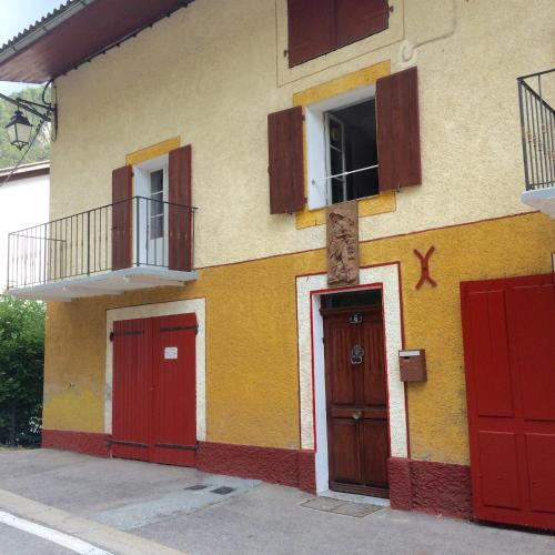 La Para : Guest accommodation near Villeneuve-d'Entraunes
