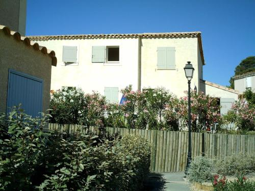 Holiday home in Pezenas 4995 : Guest accommodation near Lézignan-la-Cèbe