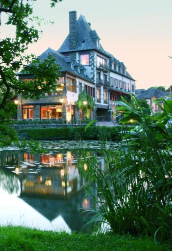 Logis Ar Milin : Hotel near Montautour