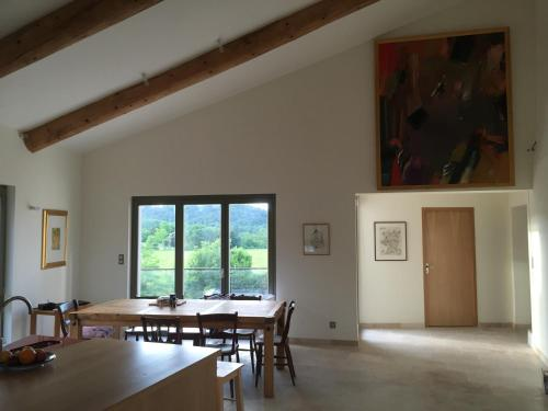 Mas de la Huppe fasciée : Guest accommodation near Saint-André-de-Roquepertuis