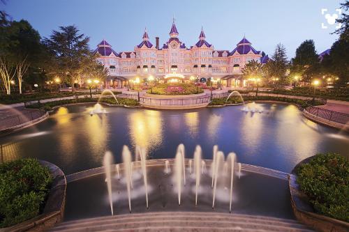 Disneyland® Hotel : Hotel near Chessy