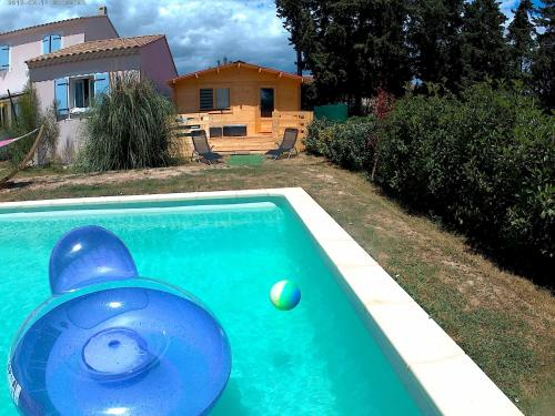 Chalet en Provence Clima : Guest accommodation near Sauveterre