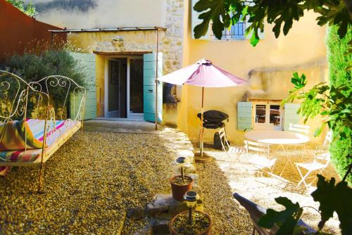 La Tour des Anges : Guest accommodation near Gigondas