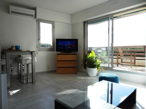 SOGECLUB Vacances : Apartment near Candillargues