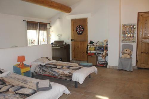 Mas La Ribambelle : Guest accommodation near Vinsobres
