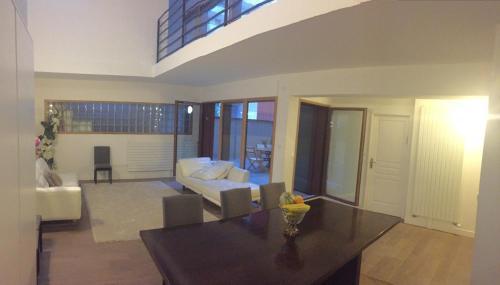 Jean : Apartment near Meudon
