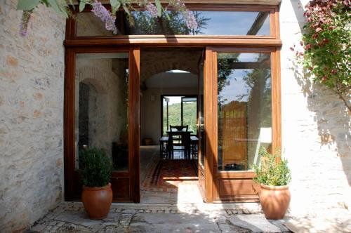 Maison Bons : Guest accommodation near Montbrun