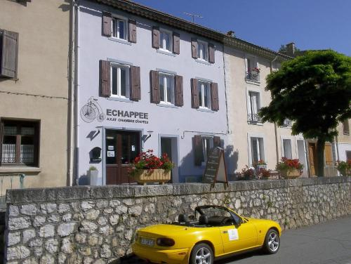 Echappée Chambre D'Hotes : Bed and Breakfast near Sainte-Colombe-sur-Guette
