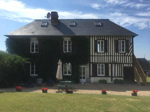 Gites de la Chesnée : Guest accommodation near Coudray-Rabut