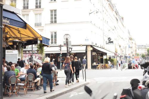Le Marais Historic Cosy Apartment : Apartment near Paris 4e Arrondissement