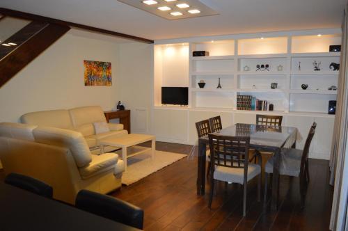 Duplexe 80 m2 Cosy et modern : Apartment near Villeurbanne