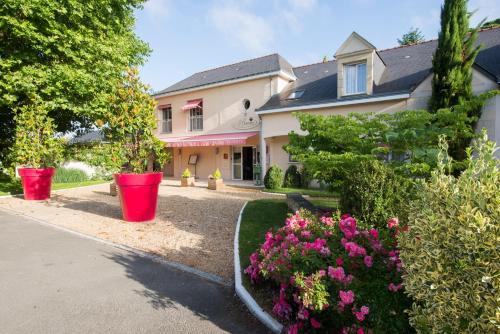 Logis Auberge Bienvenue : Hotel near Montreuil-Bellay