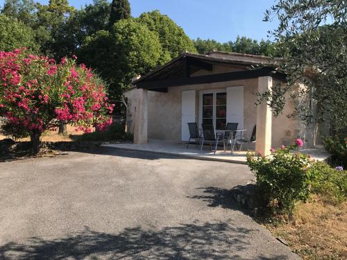 Villa du Sud : Guest accommodation near Vence