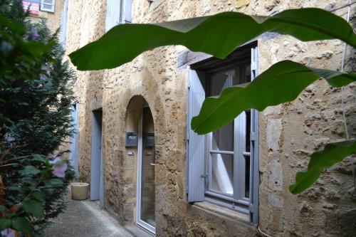 Le Moulin à vent : Guest accommodation near Saint-André-d'Allas
