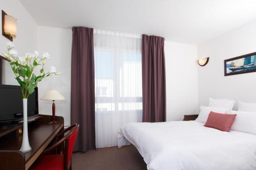 Appart'City Brest : Guest accommodation near Brest