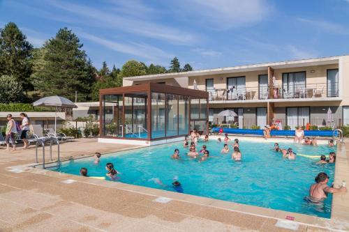 Résidence Prestige Odalys Le Clos Saint Michel : Guest accommodation near Thizay