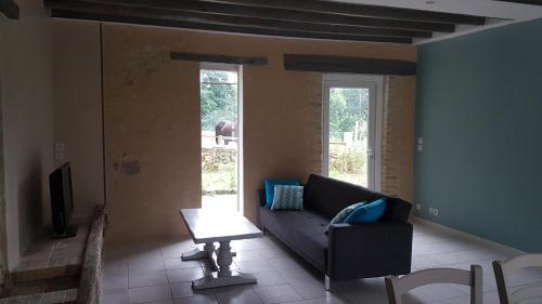 Maison Ville et Campagne Les Vignelles : Guest accommodation near Mézières-sur-Ponthouin