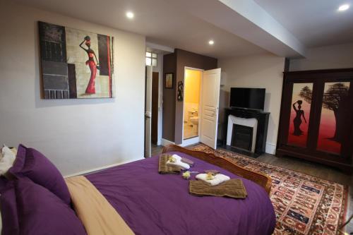 La maison du Docteur Bona : Guest accommodation near Boussac