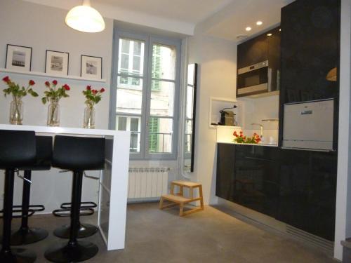Maison village 3 niveaux : Guest accommodation near Valbonne