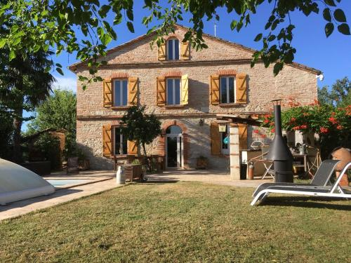 ferme sur Montauban : Guest accommodation near Monteils