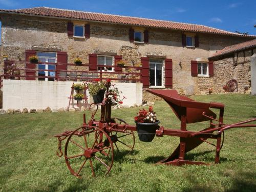 la chomiarde : Bed and Breakfast near Bannes