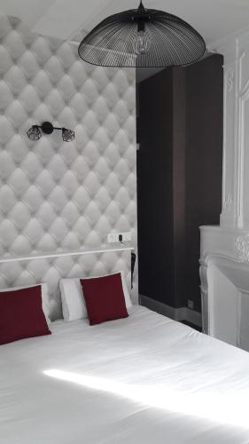 Hotel Saint Etienne : Hotel near Éterville