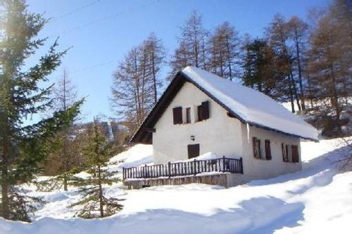 Chalet : Guest accommodation near Ascros