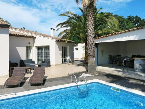 Ferienhaus Beziers 165S : Guest accommodation near Corneilhan