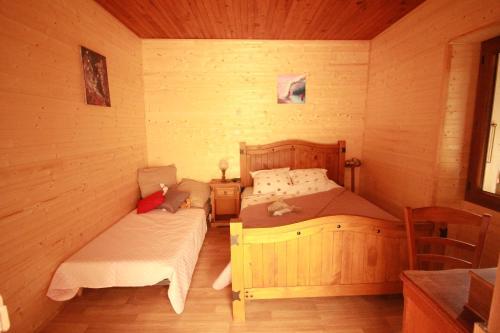 Merveille De Chartreuse : Bed and Breakfast near Massieu
