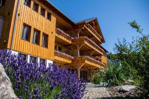 Gîte & Spa Là Haut : Guest accommodation near Colroy-la-Grande