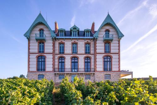 Chateau de Sacy : Hotel near Baslieux-sous-Châtillon