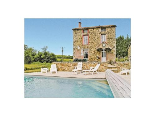 Holiday Home Meadow Cottage : Guest accommodation near Saint-Dizier-Leyrenne