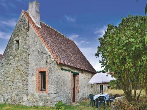 Holiday home Saint Martin Le Mault *XII * : Guest accommodation near Saint-Léger-Magnazeix