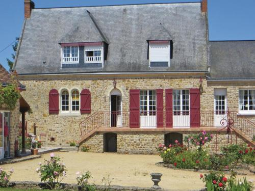 Holiday Home Juigne Sur Sarthe : Guest accommodation near Auvers-le-Hamon