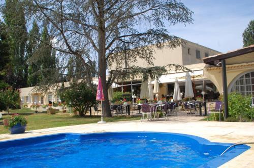 Le Fleurance : Hotel near Lahitte