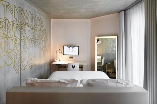 Mama Shelter Lyon : Hotel near Lyon 7e Arrondissement