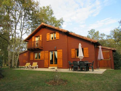 Chalet Souillac Golf & Country Club Deluxe II : Guest accommodation near Souillac