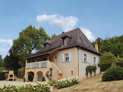 Holiday Home Le Lardin Rue De La Foret : Guest accommodation near Le Lardin-Saint-Lazare