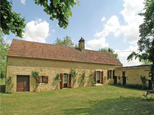 Holiday home Les Poulvelleries H-576 : Guest accommodation near Proissans