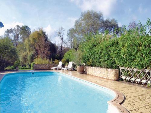 Holiday home Cape L-580 : Guest accommodation near Saint-André-et-Appelles